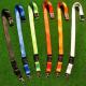 Leere Lanyards in verschiedenen Farben