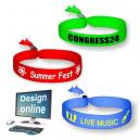 Entwerfen Sie online Ihre eigenen Textilfestival-Armbänder